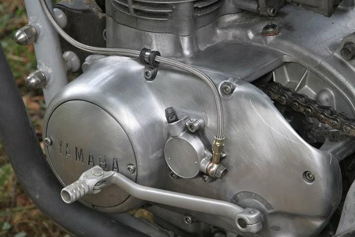 1 .. GPZ900 slave cylinder