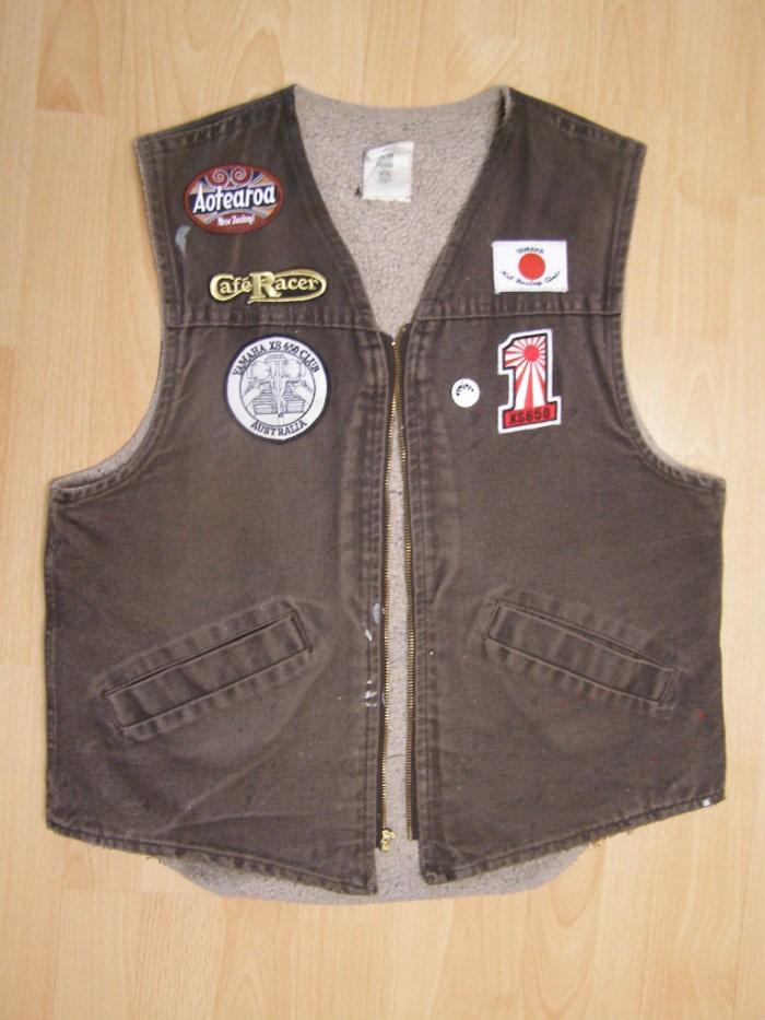 13 .. vest – front