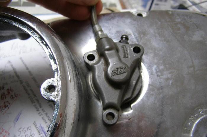 4 .. setting up a KTM slave cylinder
