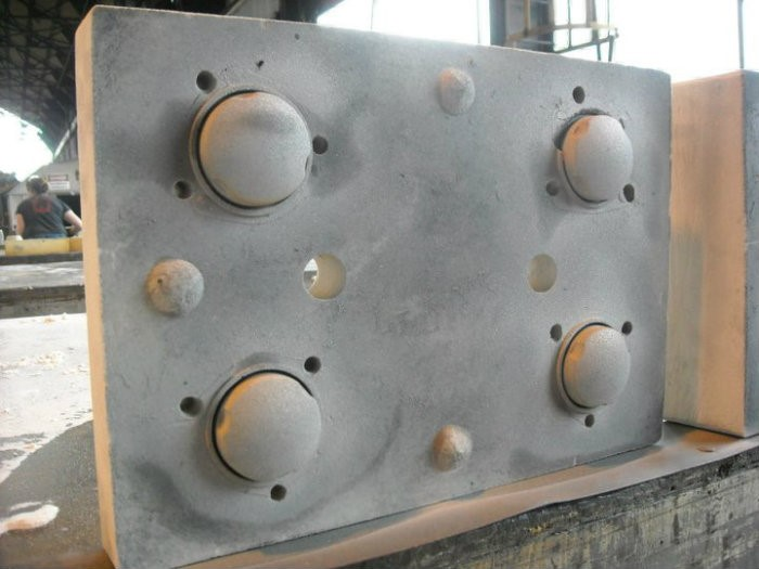 B5 .. mold – resin bonded sand – made at the local foundry