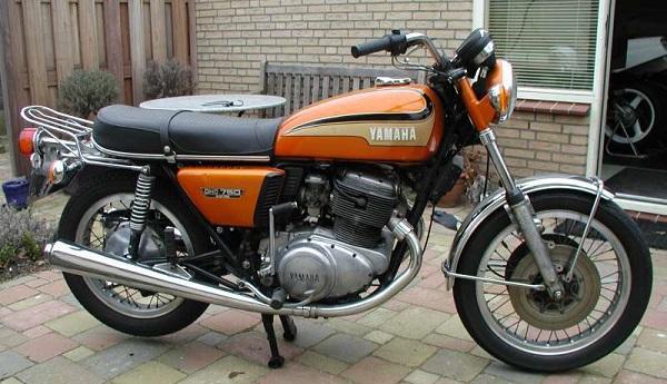Yamaha TX750 1973-1974 Front Wheel Bearings And Seals